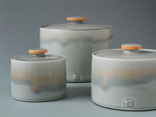 grey orange jars