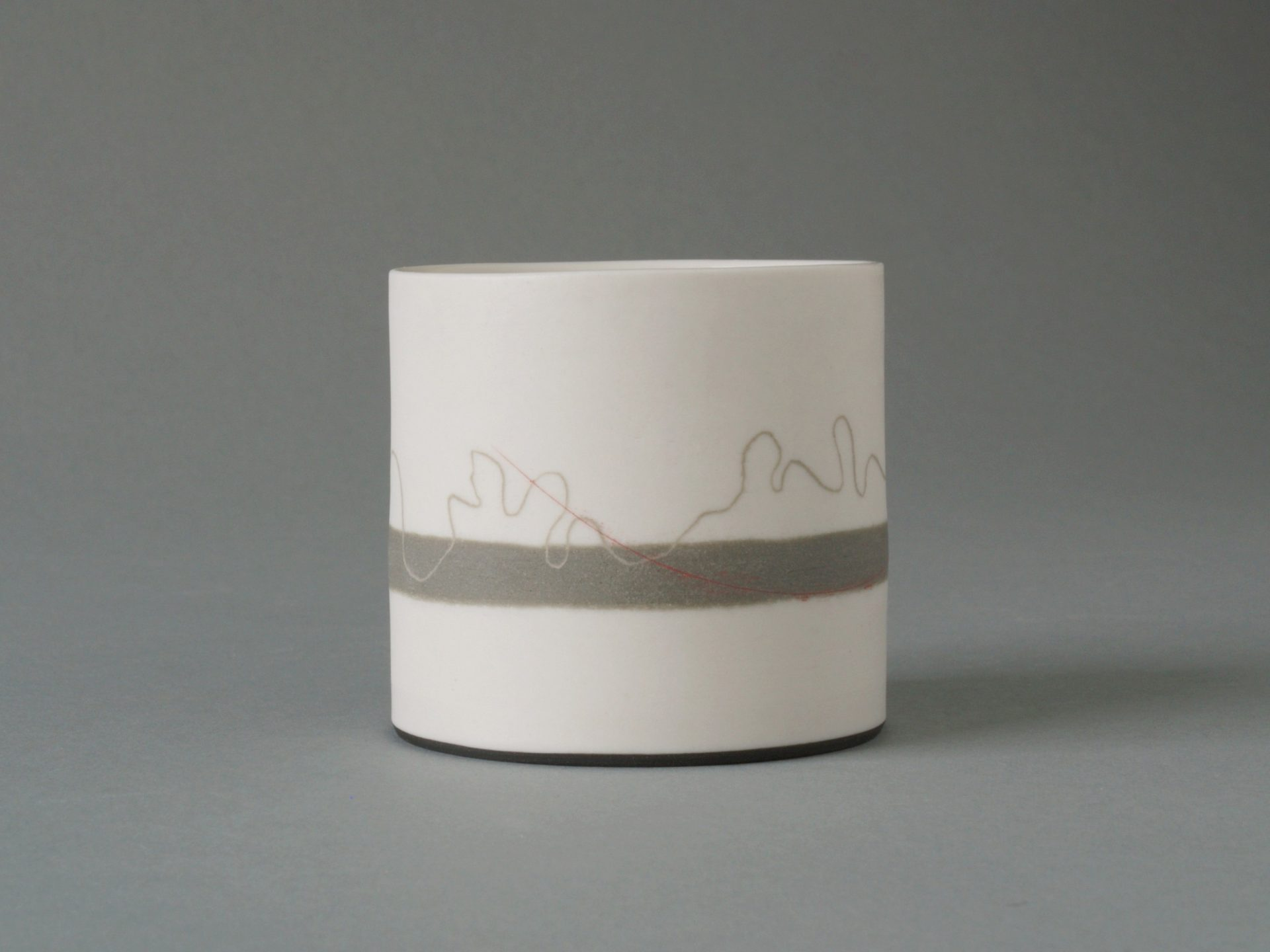 #24 thread with band 2 h6cm sept 2011  £125